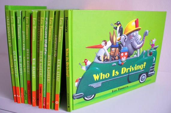 Wie rijdt? Tekst en illustraties Leo Timmers is al in 20 talen verschenen.